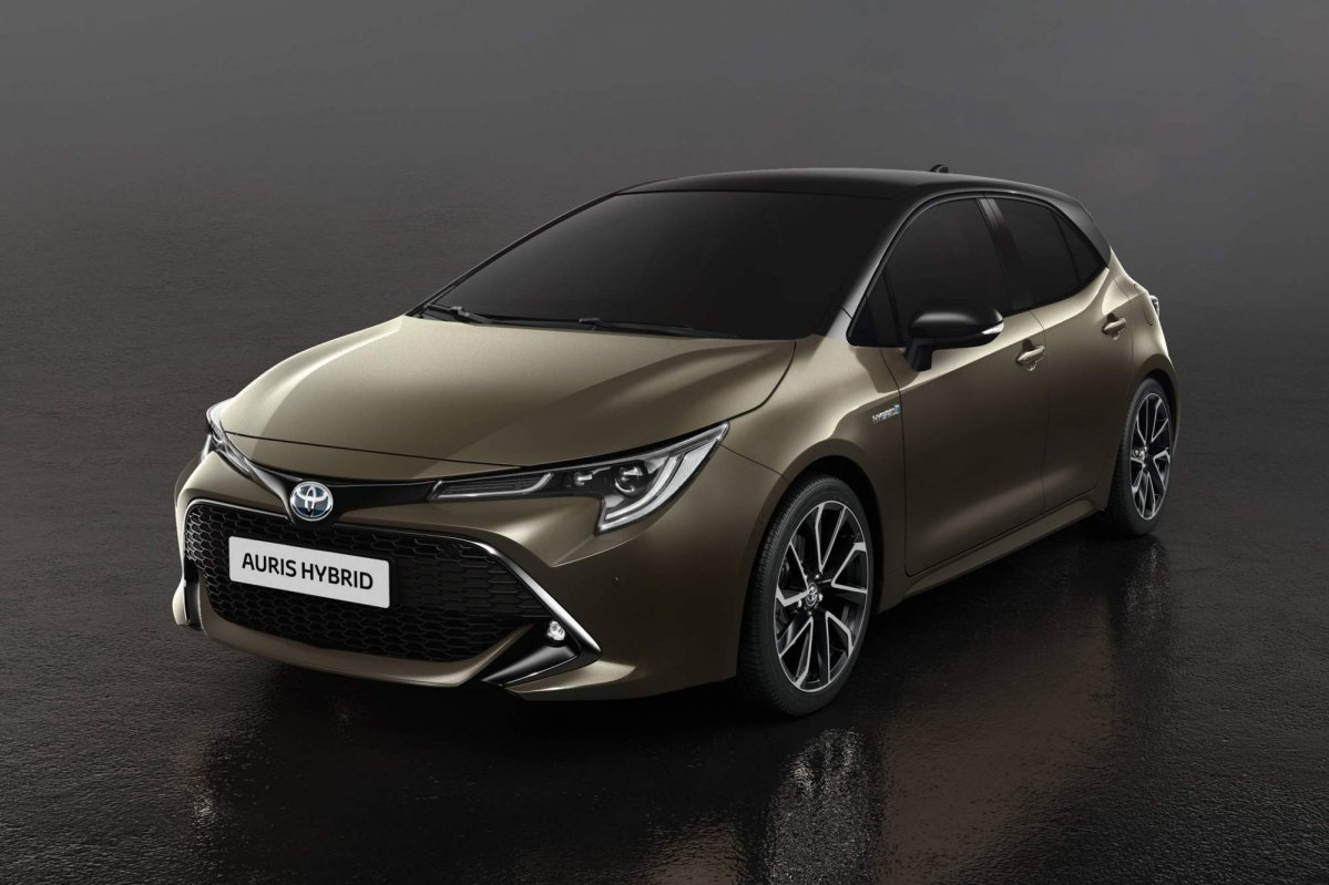 all new 2018 toyota auris brings more daring looks choice. Black Bedroom Furniture Sets. Home Design Ideas