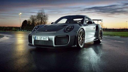 Porsche-911-GT2-RS-0