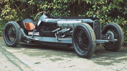 amilcar v8