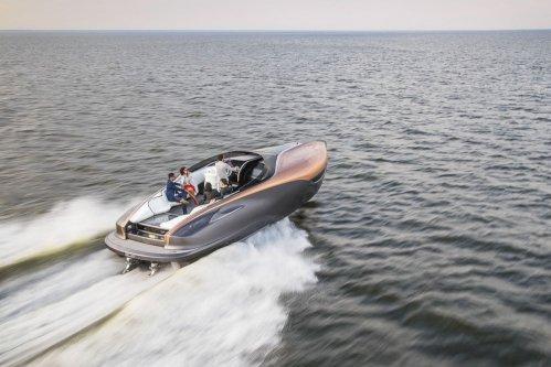 lexus-production-yacht-4