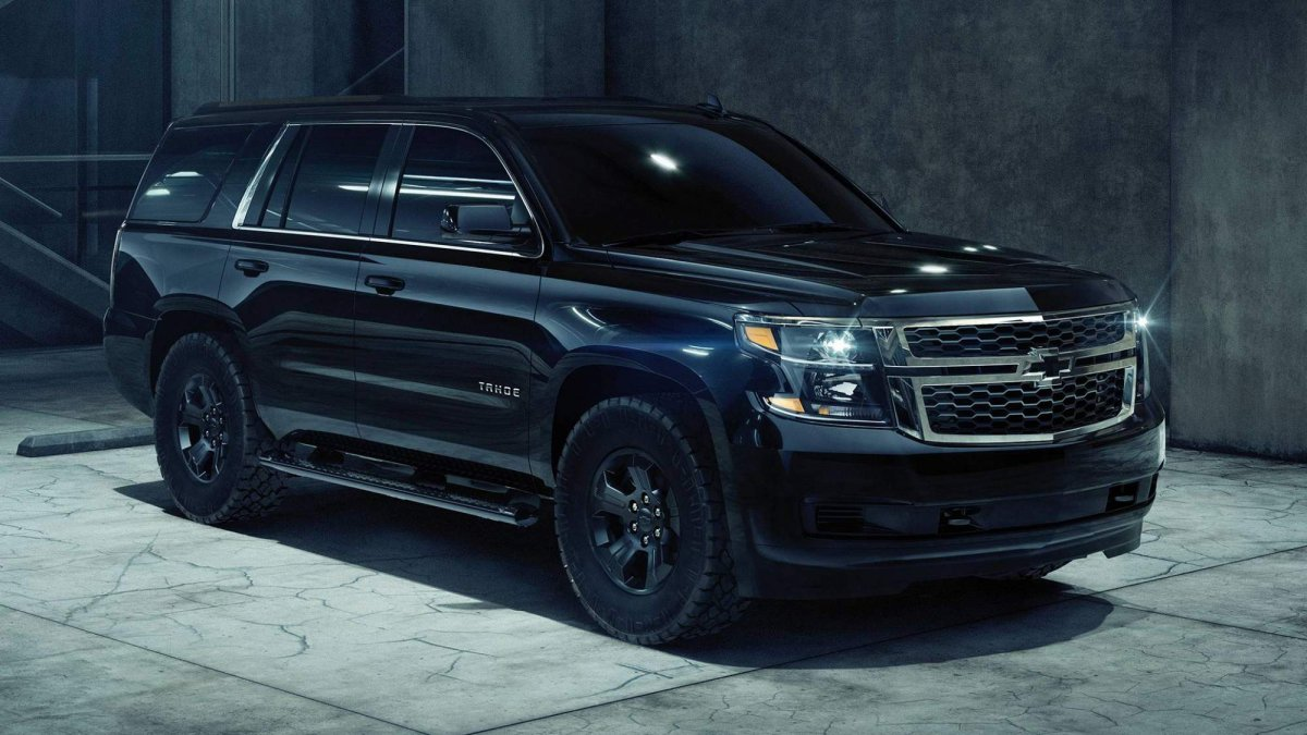 Goodyear Car >> 2018 Chevrolet Tahoe Custom Midnight Edition unveiled