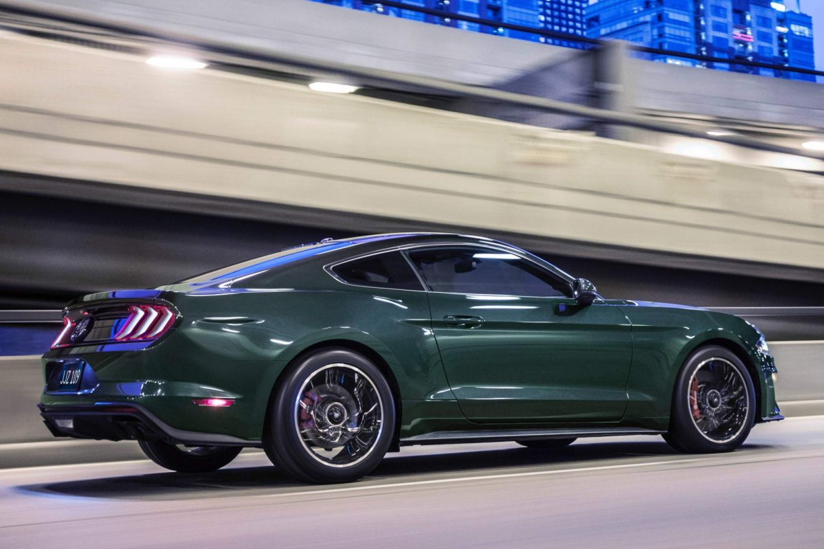 2019 ford mustang bullitt priced from 46 595. Black Bedroom Furniture Sets. Home Design Ideas