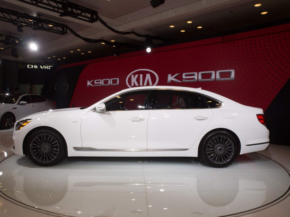 new and m i finally impressed cost have seen luxury car forum s general img im in kia discussion person kias
