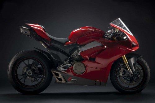 Ducati-Panigale-V4-Termignoni-exhaust-01