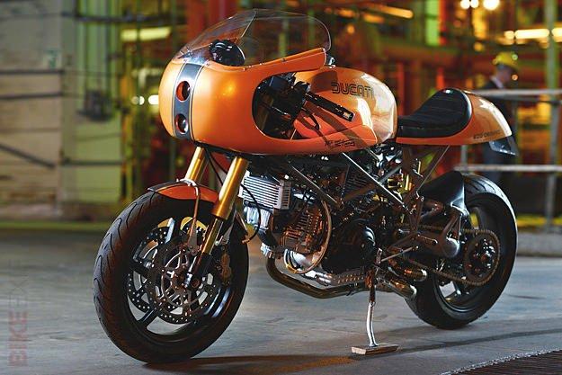 ducati-monster-900