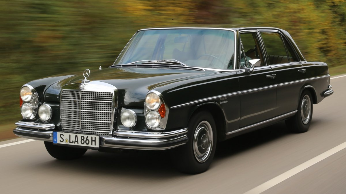 the mercedes benz 300 sel 6 3 was a tour de force on all levels. Black Bedroom Furniture Sets. Home Design Ideas