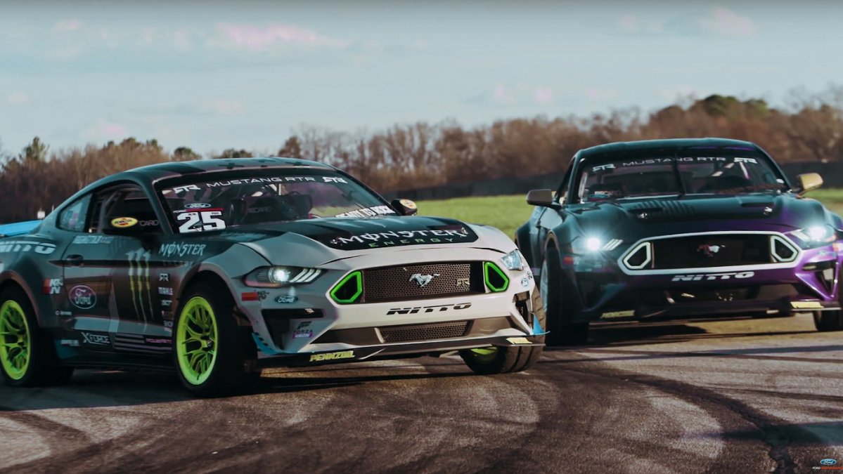 Rtr S Formula Drift 2018 Ford Mustangs Can Drift On Three