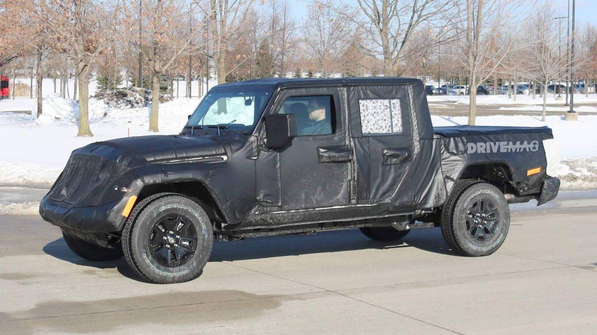 Hyundai Spy Shots >> We spy the 2019 Jeep Scrambler pickup truck