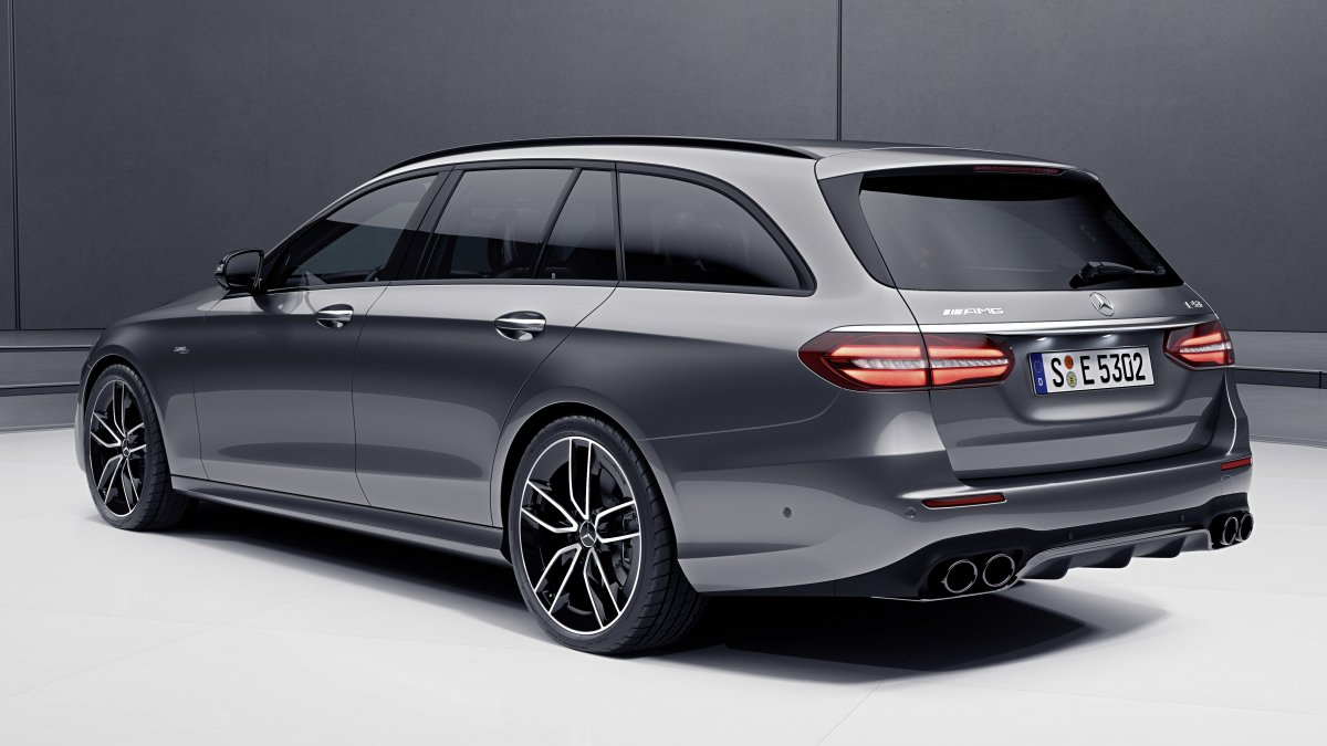 The 2019 Mercedes Amg E53 Is Here As Both A Sedan And Wagon