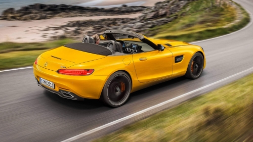 Mercedes-AMG-GT-S-Roadster-0