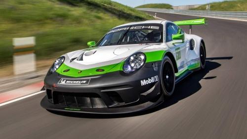 Porsche-911-GT3-R-0