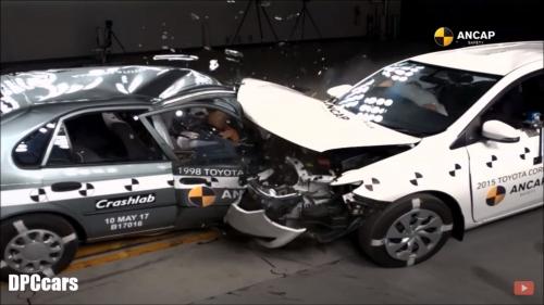 Old vs new car crash 00