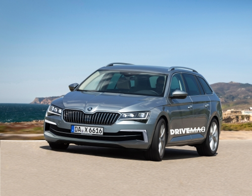 SKODA_Superb_Combi_Facelift