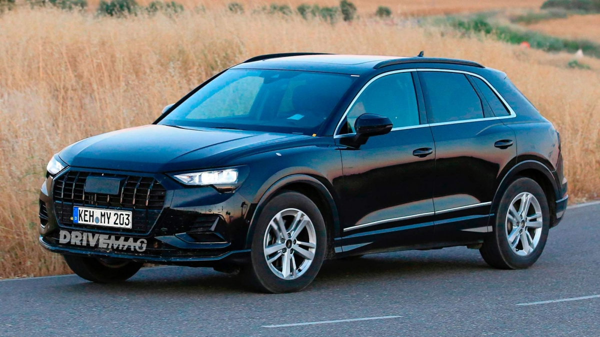 we spy the all new 2019 audi q3. Black Bedroom Furniture Sets. Home Design Ideas