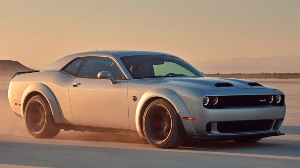 2019 dodge challenger srt hellcat redeye leads the upgraded 2019 challenger hellcat range. Black Bedroom Furniture Sets. Home Design Ideas