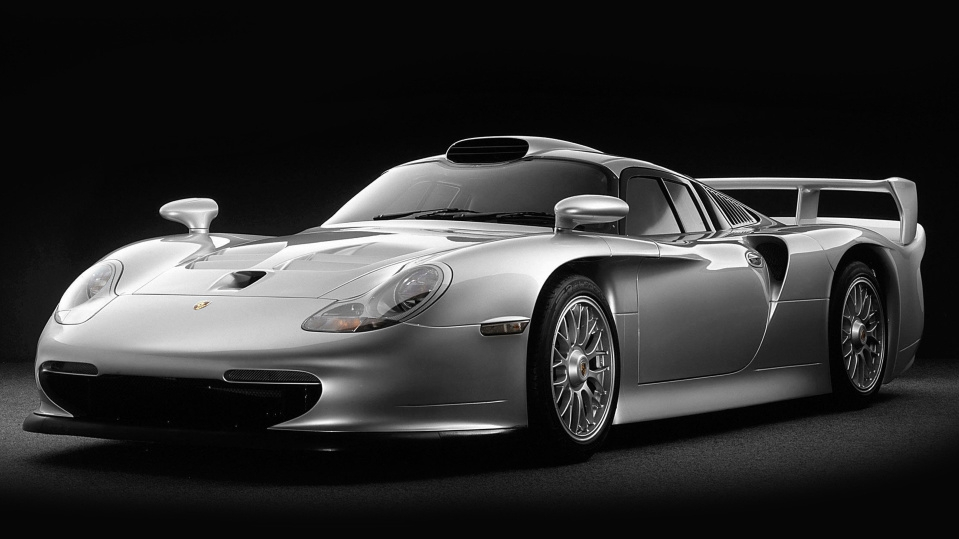 Porsche 911 GT1: the story