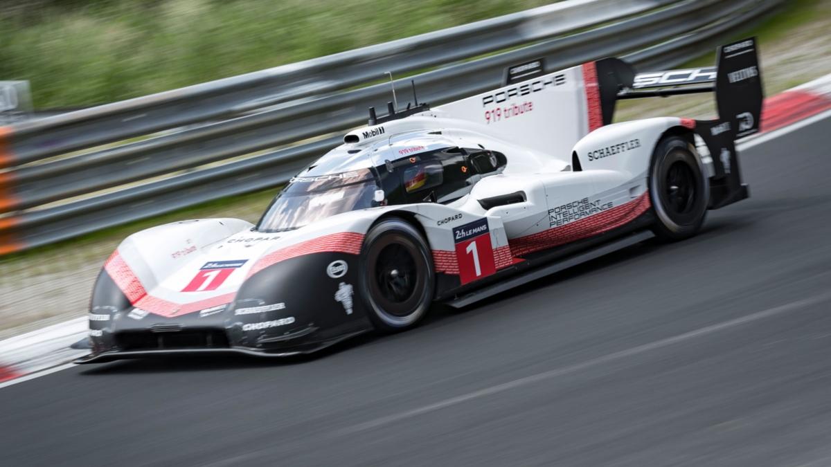 porsche 919 hybrid evo breaks n rburgring lap record. Black Bedroom Furniture Sets. Home Design Ideas