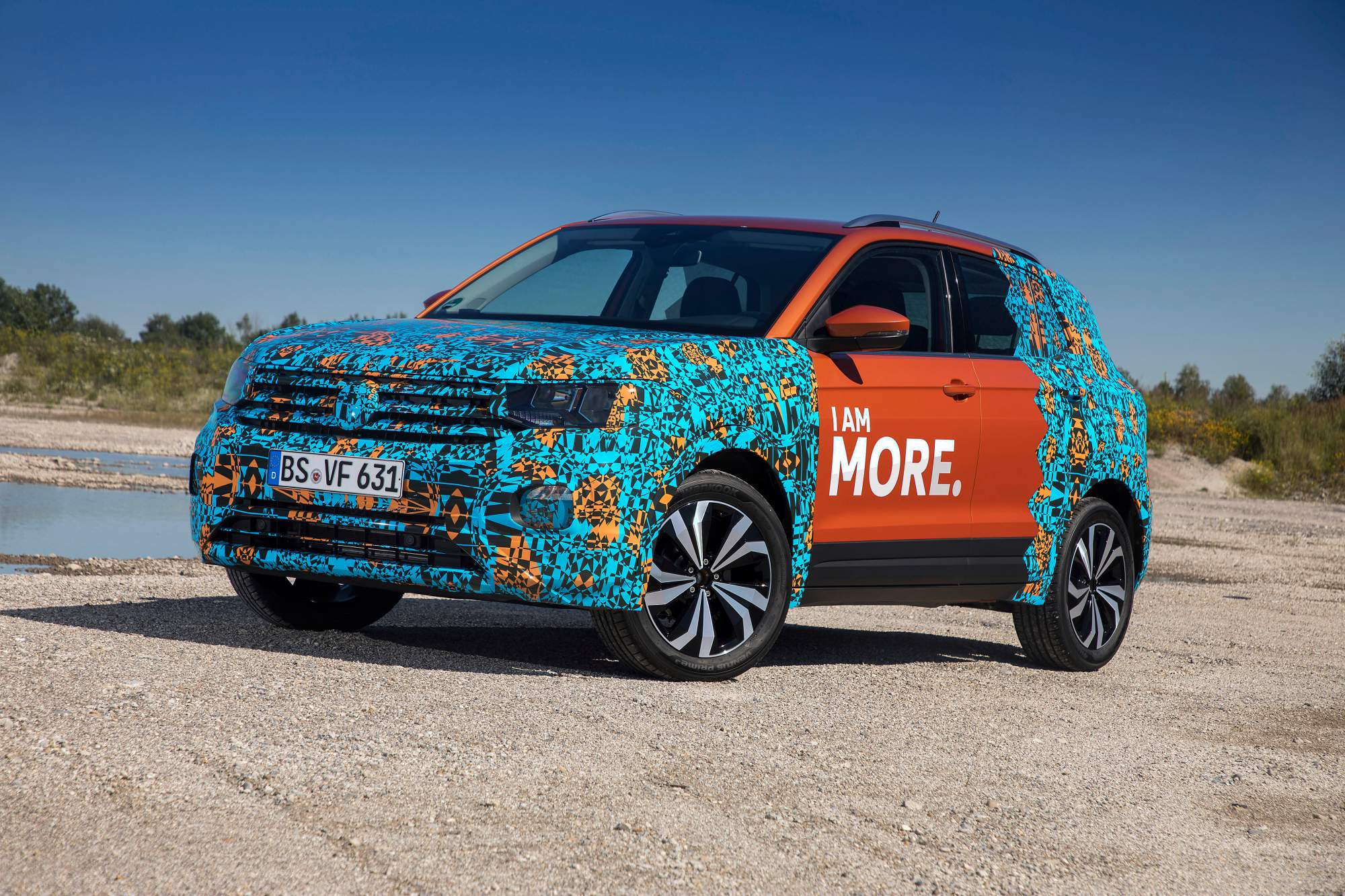 https://cdn.drivemag.net/media/default/0001/89/2019-VW-T-Cross-10-2278.jpeg