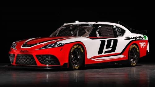 Toyota-Supra-NASCAR-0