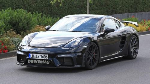 2019-Porsche-718-Cayman-GT4-spied-0