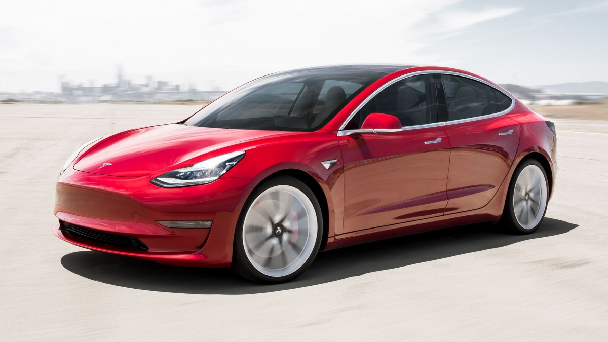2018 Tesla Model 3 Performance front