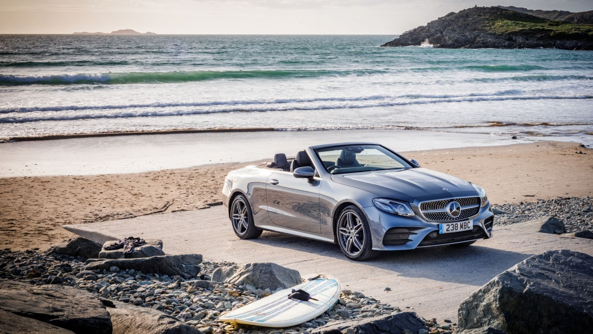 Mercedes benz brings the e 450 4matic to the e class coup for Mercedes benz be