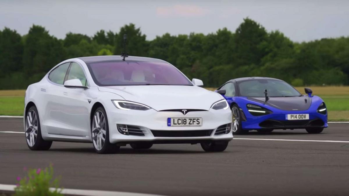 ... Tesla Model S Versus Mclaren 720s ...