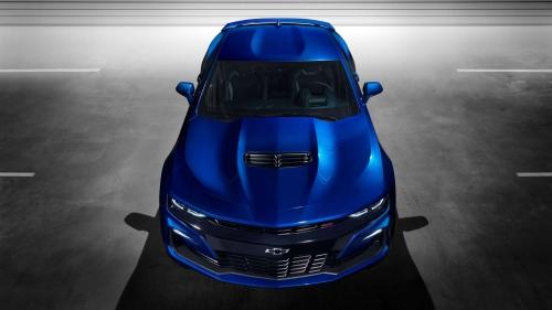 2019-Chevrolet-CamaroSS-005
