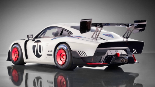 new porsche 935 race car