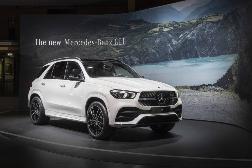 2019-mercedes-benz-gle-paris-motor-show-2018-debut-13