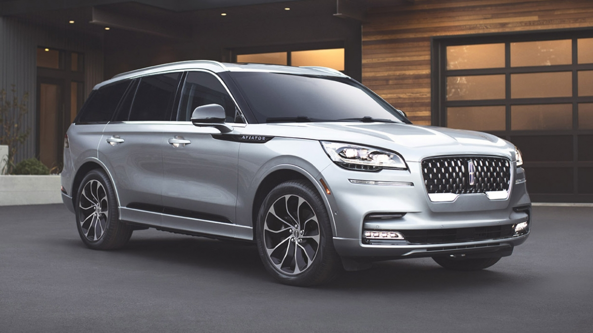 2020 Lincoln Aviator debuts with 400-hp V6, imposing looks